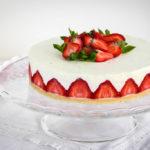 Tvarohový dort sjahodami a bílou čokoládou ala Fraisier
