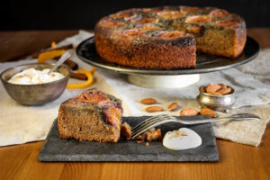 Obrácený fíkový koláč